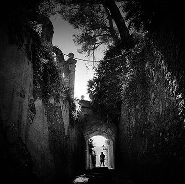Footsteps – Mishu Vass