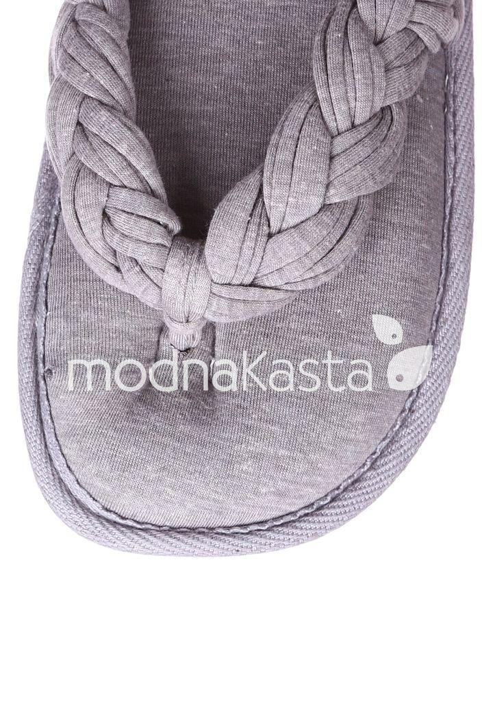 Купить Вьетнамки Oysho по цене 269.00 грн. на modnaKasta.ua. Скидки и распродажи в интернете.