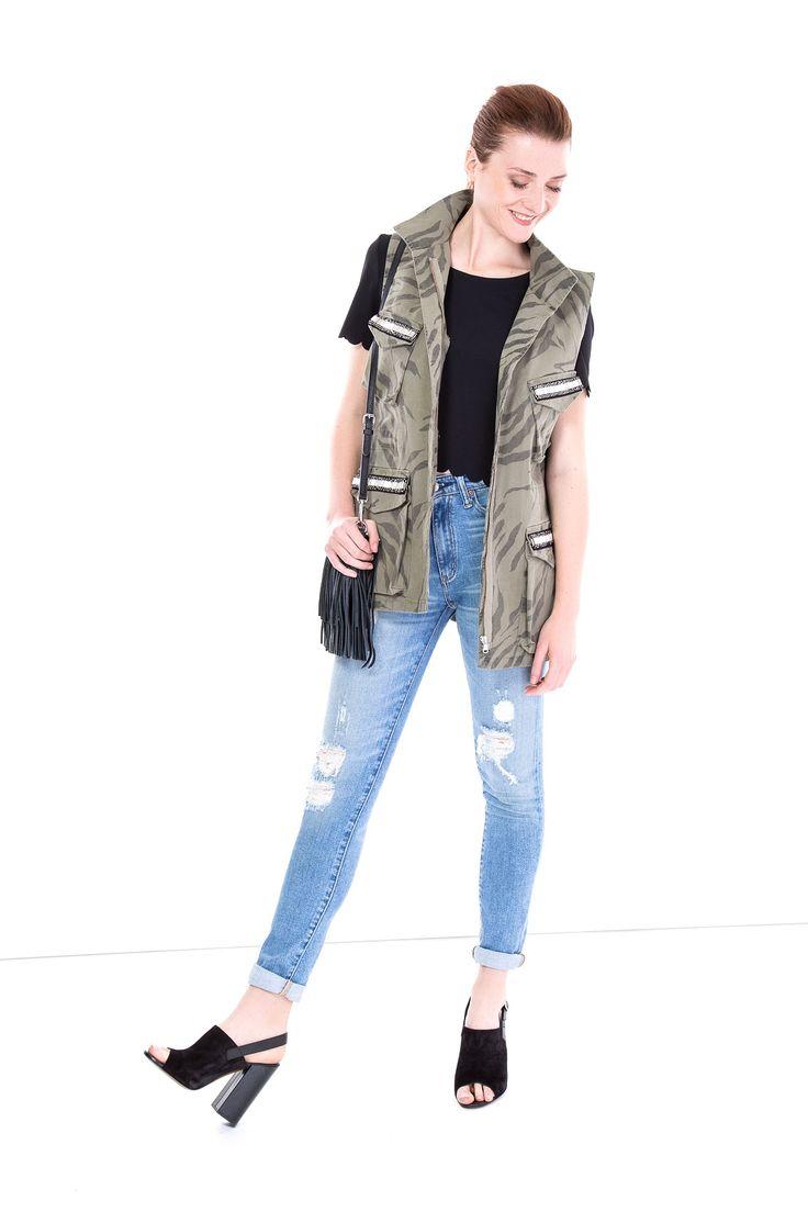 SHOP THE LOOK >  #manzetti #mymanzetti #shopthelook #ootd #vicolo #woman #style #camouflage #gilet #black #croptop #polralphlauren #denim #jeans #rebeccaminkoff #fringed #bag #shoponline #shopnow #rome