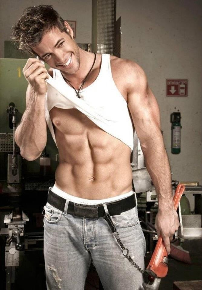 William Levy & his six pack,  yummy :-D