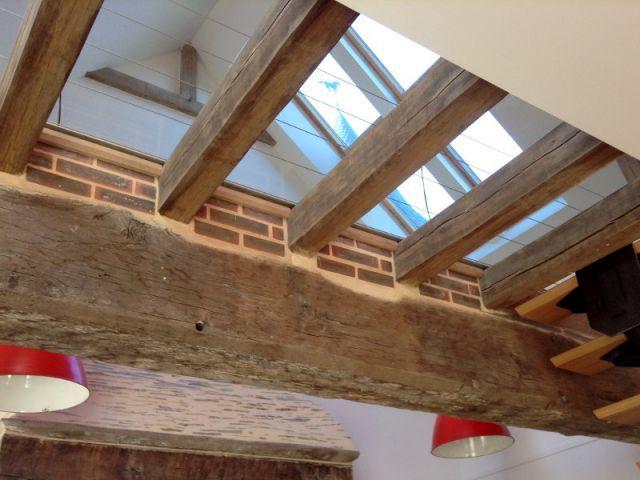 au dessus de ce sol transparent une fen tre de toit a t install e nous voulions profiter du. Black Bedroom Furniture Sets. Home Design Ideas