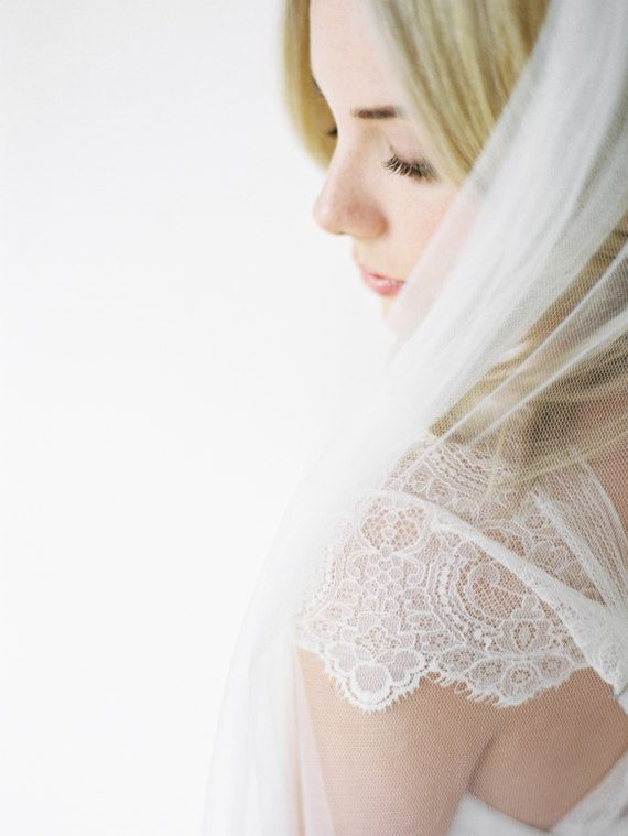 A piece of sheer beauty, the Olivia floor length wedding veil is handcrafted from soft fine tulle that will create a clean and refined silhouette and float gently behind you as you walk down the aisle. It offers an effortless and luxurious touch, the perfect way to bring playful,