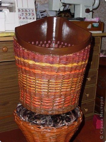 Декор предметов Плетение Корзина для бумаг  Бумага фото 1