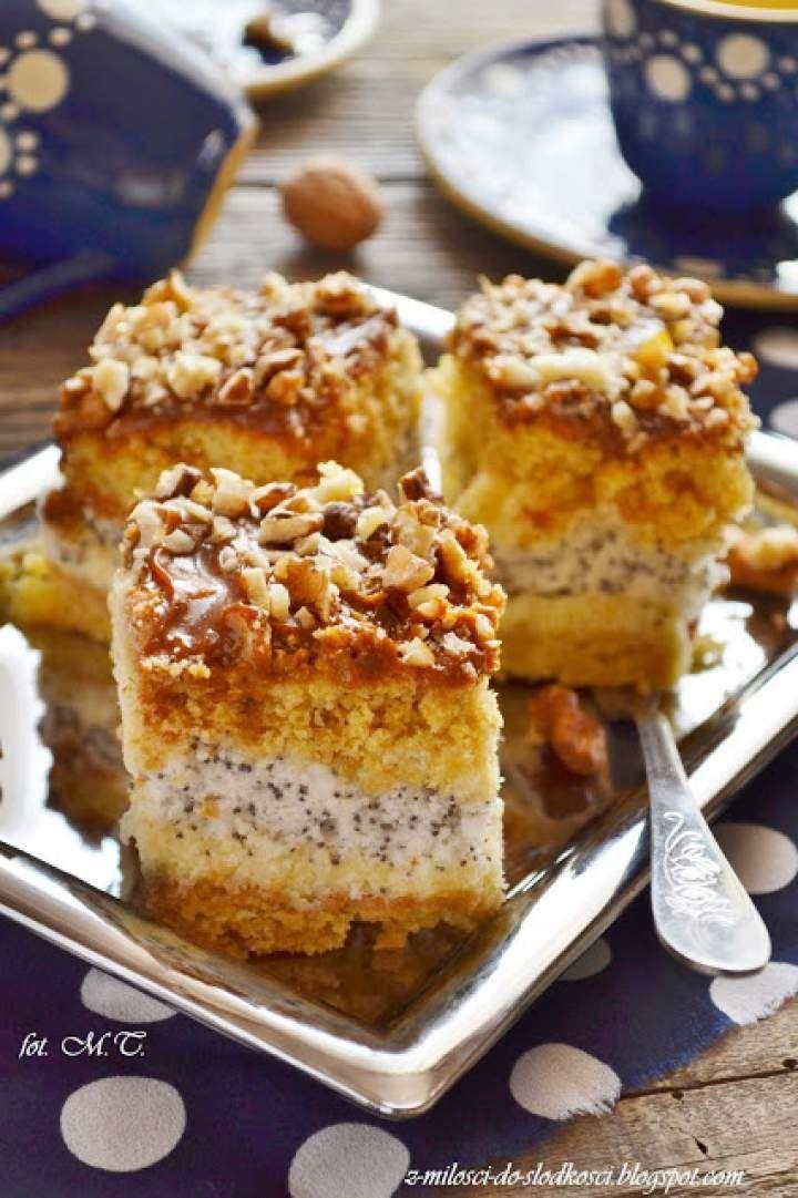 Maurycy – miodownik z kremem z kaszy manny i makiem