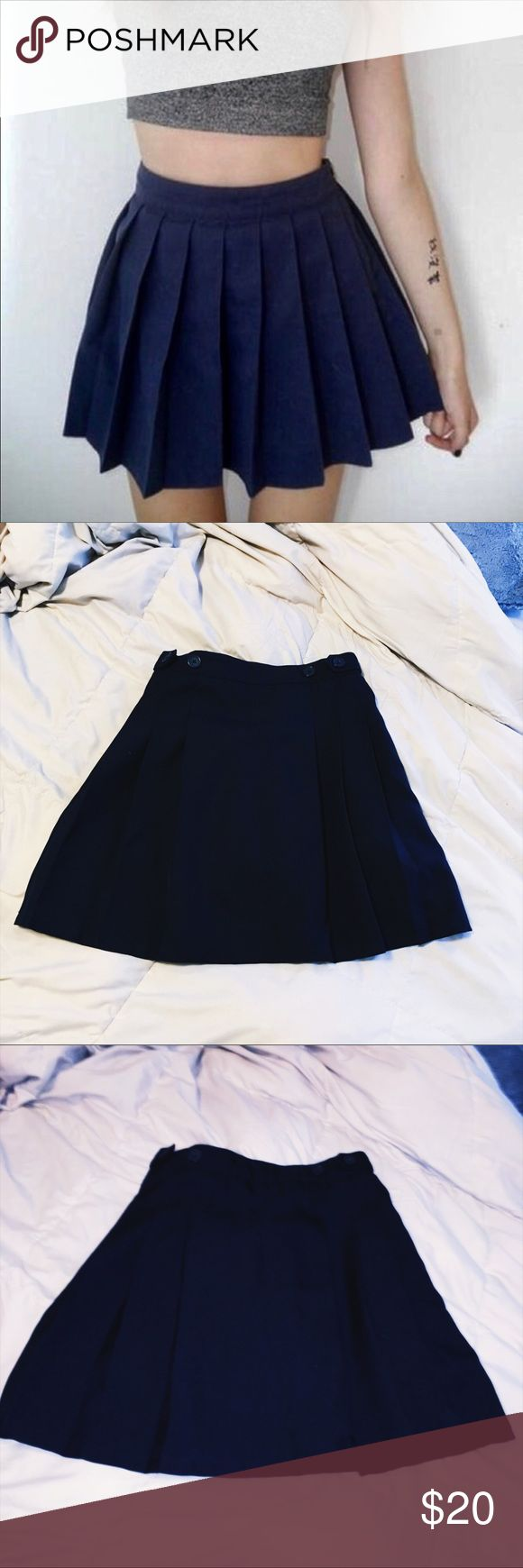 📚 Navy Blue Pleated Schoolgirl Mini Skirt 📚 Navy Blue Pleated Schoolgirl Mini Skirt Size 2  High waisted - High Waisted  Zips on the side with buttons  All around pleated  Chaps by Ralph Lauren  Perfect condition Urban Outfitters Skirts Mini