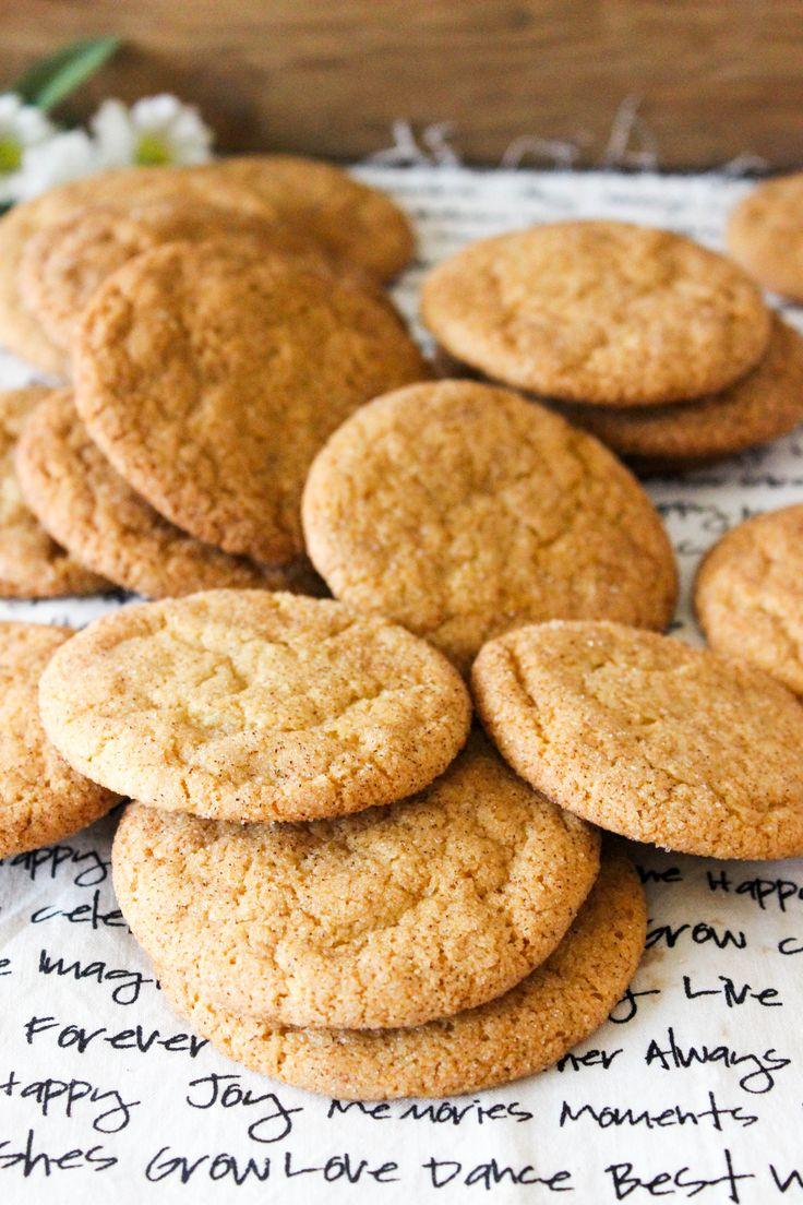 VEGAN SNICKERDOODLES!!! #vegan #cookies www.goodandguiltyvegan.com