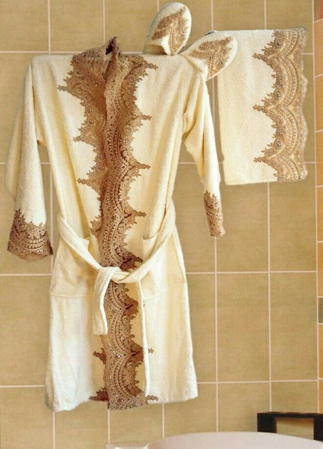 Sorti De Bain Mariee Party Wear Lehenga Handmade Clothes Couture