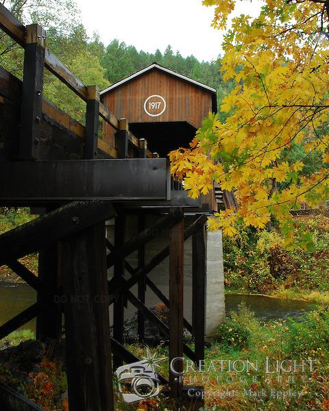 McKee Covered Bridge, built in 1917, in southern Oregon crosses over the Applegate River.