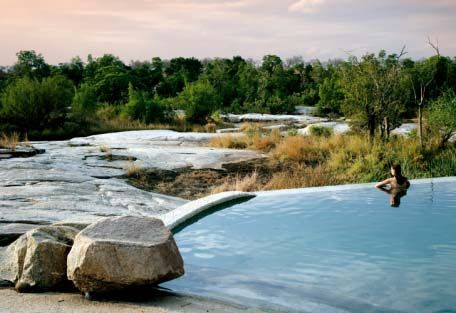 Londolozi Granite Private Suites - Each suite has a private heated plunge pool overlooking the river