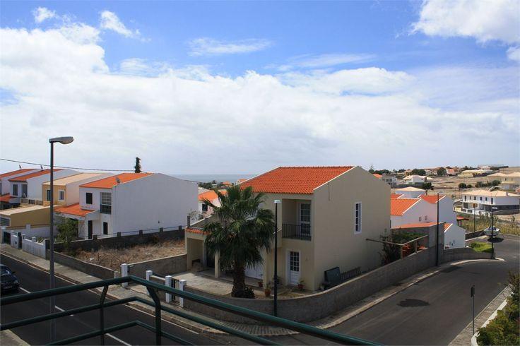 Moradia T3 localizada no sitio das Matas na Ilha de Porto Santo. Bom investimento, preço 138.700€ excelente oportunidade!!!  venha visitar, ligue 963701529 Teresa Caires visite-nos em www.decisoesvibrantes.com
