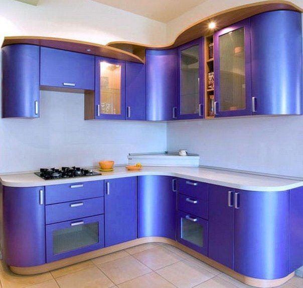 Улучшаем интерьер кухни 6 кв м: полезные советы<br><br>В небольшой кухне можно эффективно использовать даже пространство у окна, столешница вместо подоконника — оригинальный и весьма эффективный способ использования площади небольшой кухни.<br><br>Кухня 6 кв м – не приговор. Даже в кухню 2 х 2 (4..