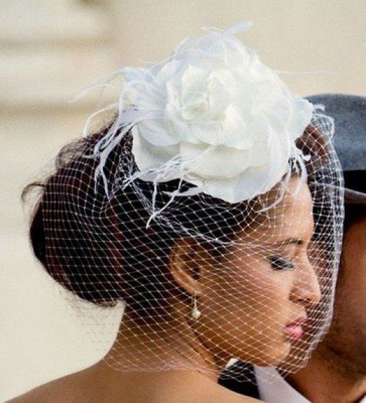 How to make a hair fascinator with bird cage veil. Fascinators are the hottest hat trend in years! Great for a wedding, a formal occasion, or just for fun!