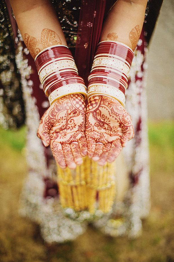 lively and colorful Indian wedding with photos ©Ryan Flynn Photography www.ryanflynnphotography.net | via junebugweddings.com