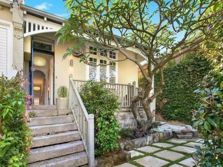 1 Noble Street, Mosman sold 19/12/14 $1,700,000 High spec reno 3 B/R, 2 bath, no parking