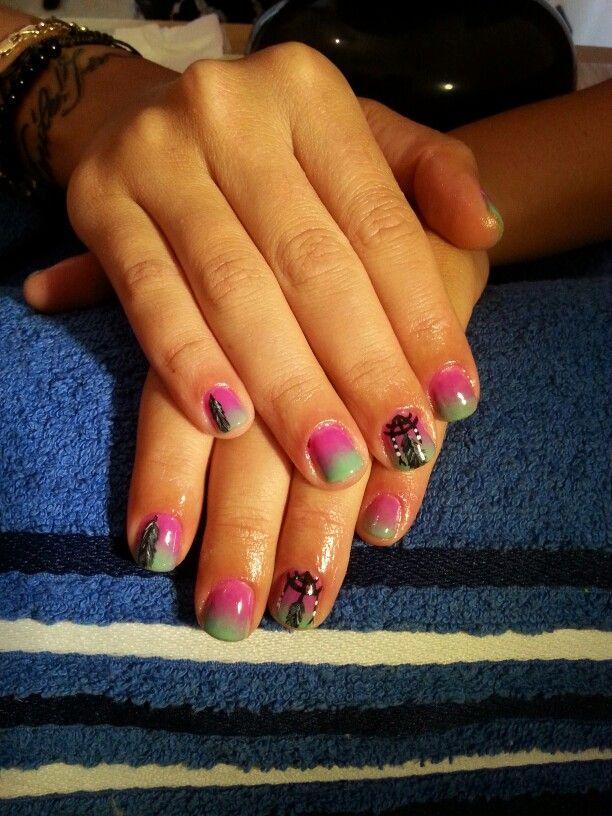 Smalto gel e nail art con acrilico