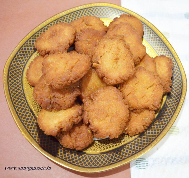 Sweet Mathri / Gur wali Mathri