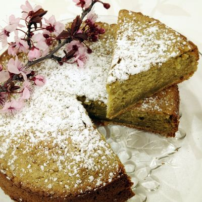 Make your own Green Tea Chiffon Cake to serve up for afternoon tea. Goes perfectly with a fresh cup of coffee to enjoy with friends.