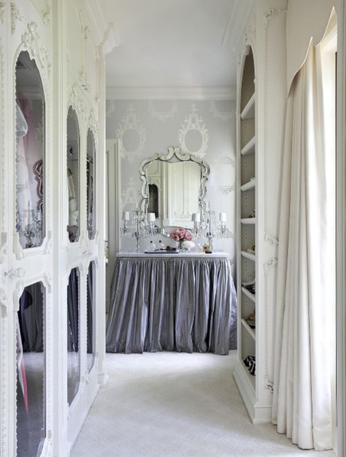 : Dressing Rooms, Closets Doors, Vanities Tables, Dresses Tables, Dresses Area, Dresses Room, Closets Spaces, English Home, Dreams Closets
