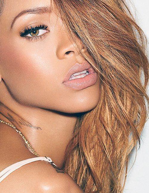 I love her natural makeup look
