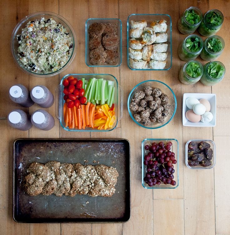 """food prep for the whole week! need to get back on track with this...her menu is kind of """"crunchy"""" but i like the idea"""