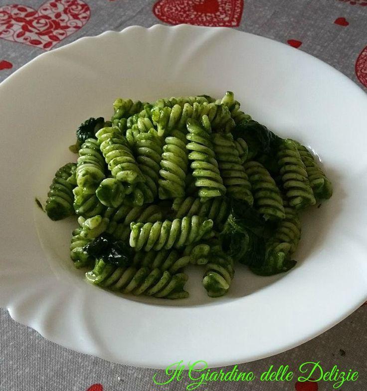 Fusilli+crema+gorgonzola+e+spinaci