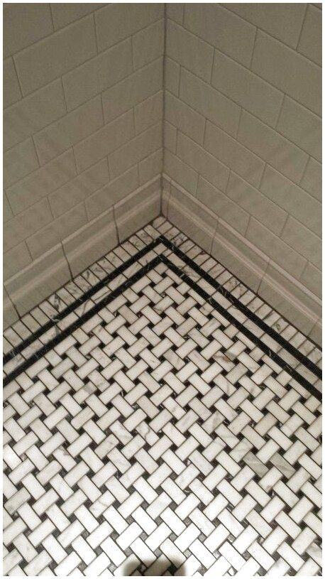 Vintage Basket Weave Tile Bathroom Ceramicfloorpatterns Floorpatterns Flooring Click For More Info