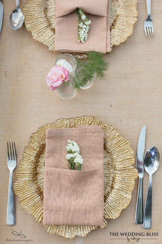 Unique wedding table setting - love the nice dishes design which Beautifully coordinated colours and gold & 39 best Wedding Reception (by TWB Thailand) images on Pinterest ...
