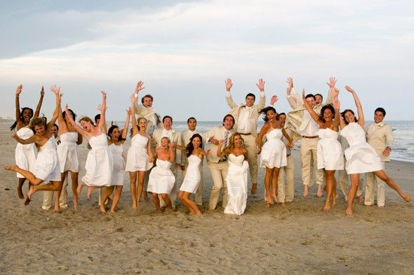 All White Wedding Starting To Think That I Like This Ideawell See