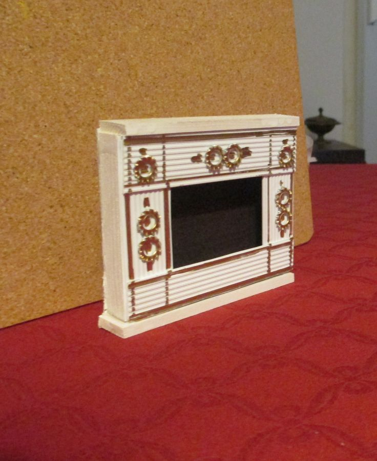 Miss Marple - fireplace