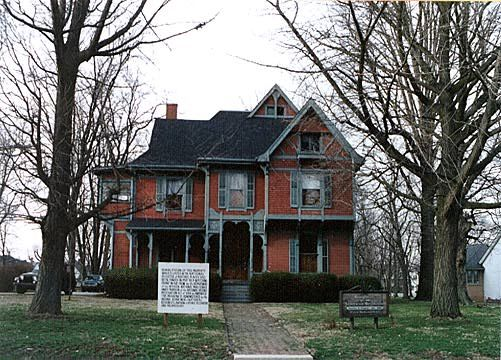 17 best images about indiana victorian houses on pinterest for Colonel homes