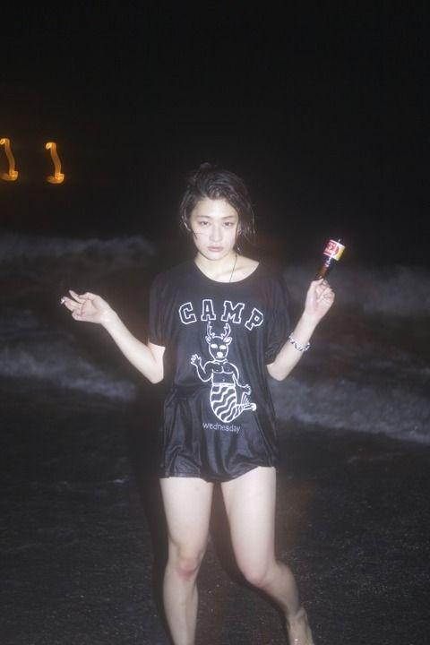 水曜日のカンパネラことコムアイの身体wwwwwwww画像あり