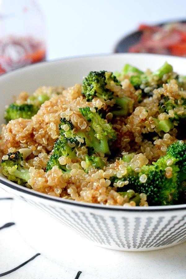 Este salteado de quinoa y brócoli es perfecto, sano y super rapido de hacer...