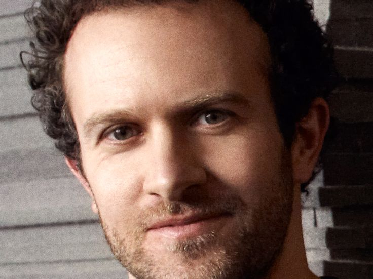 "A tech CEO explains why he 'throws résumés out the door' — but places huge value on the cover letter - On an episode of the Work and Life podcast , Basecamp CEO Jason Fried explained why his company never looks at job candidates' credentials.  ""We basically throw résumés out the door,"" Fried told host Stew Friedman, who is the founding director of Wharton's Work/Life Integration Project.  It doesn't matter if you went to Harvard or to your local community college — Fried thinks that's more or less irrelevant to your ability to thrive at the web development company.  In fact, when I spoke with Fried in 2016, he told me Basecamp has hired several people who didn't graduate from or didn't attend any college and they're ""wicked smart.""  A résumé ""doesn't say anything really about what someone's cable of,"" Fried told Friedman. ""We're always about getting to the realest possible thing, so we can cut through all the fog and find out if this person can do what they say.""  One way to do that is to have the candidate complete a sample project. Fried gave Friedman an example: Let's say Basecamp is hiring a designer. They'll give a candidate for that job one week to complete a project — and pay the candidate $1,500 for the work.  Then Basecamp will ask the candidate to walk them through their thought process in a written summary of the project. This step is crucial.  ""We only hire good writers,"" Fried told Friedman.  Because Basecamp's employees work all over the world, they communicate mostly via writing. Basecamp also publishes books and blog posts on topics like company culture.  Fried said: ""If you can't make your points clear and concisely; if you can't go into detail in a way that doesn't spark more questions than you're answering, then you're just not going to work out well here.""  That's why a solid cover letter is key. Fried said: ""Can someone sell us on themselves in a very brief letter that's so well-written and so well-thought out that we're like, 'This person knows how to communicate'?""  If there are ever two equally qualified candidates, but one's a more skilled writer, Fried said, ""we will always hire the better writer.""  SEE ALSO: This tech company gives employees $5,000 for yearly vacation and 4-day weeks during the summer  Join the conversation about this story »  NOW WATCH: A woman who's worked in HR for over a decade shares the biggest résumé and cover letter mistakes she's seen"