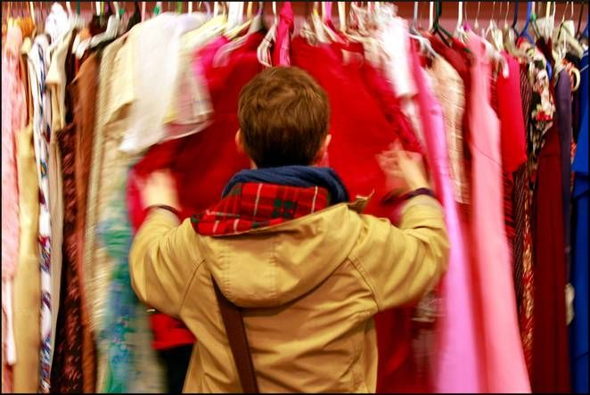 shopping for clothes Spotting quality