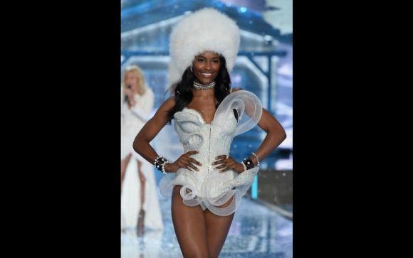 victoria secret models names and pictures | Victoria's Secret ...
