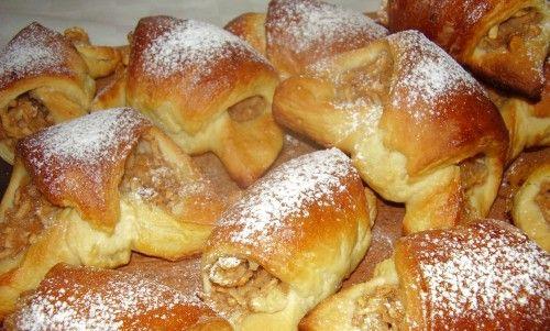 Almás fahéjas kifli élesztő nélkül! Csodás finomság, ami varázslatosabbá teszi a hétköznapokat! - Ketkes.com
