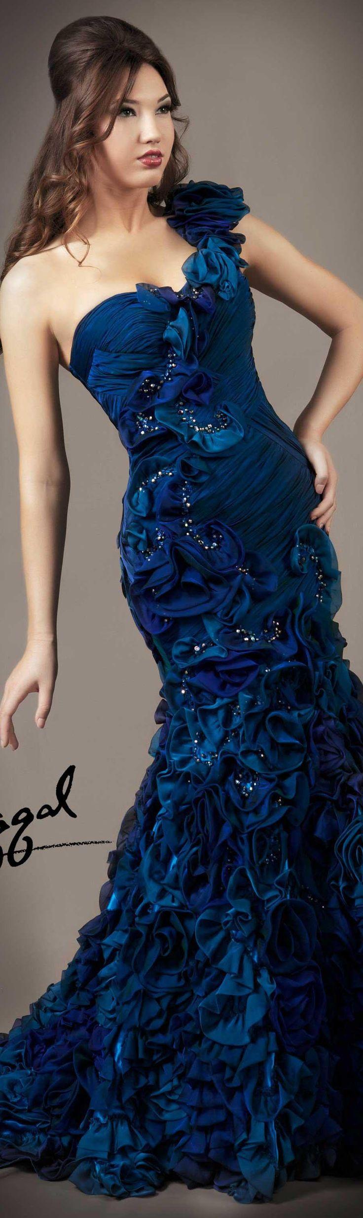 Vestido longo azul coleção Mac Duggal COUTURE DRESSES STYLE 80108D --------------------------------------------- http://www.vestidosonline.com.br/modelos-de-vestidos/vestidos-longos