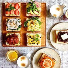 ミニ角食で作ったミニトースト。 まるで小さなアート作品のようで、食べるのがもったいないと思ってしまいます。