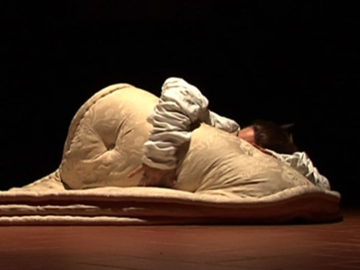 """Lavoro di improvvisazione sul sentimento della disperazione per la messa in scena del monologo """"Aspettando"""""""