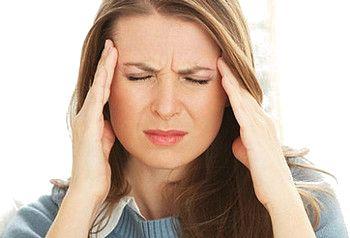 Как я избавилась от головных болей  Кому незнакомо ощущение, когда голова раскалывается от головной боли так сильно, что ты  готов биться об    стенку лишь бы избавиться от неё? А ненавистные болеутоляющие никак не помогают. И это не мигрень. Ещё год назад периодически у меня случались приступы головной боли. Это не было мигренью. У мигрени    признаки иные...