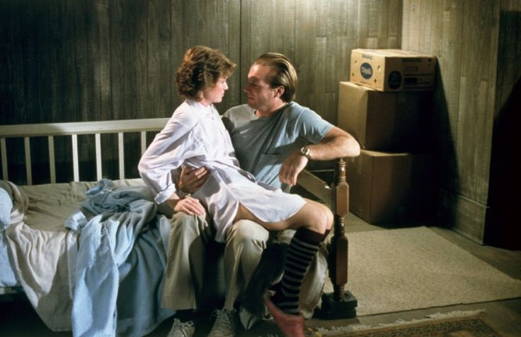 The Big Chill (1983) - Mary Kay Place and William Hurt