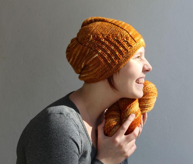 Ravelry: knittintin's Kukkahattutäti-free pattern