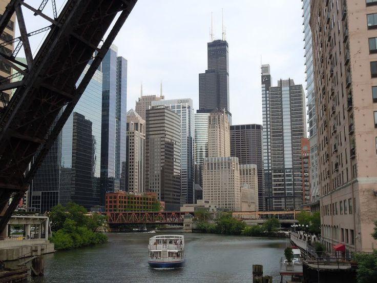 get more http://earth66.com/city/chicago-river/