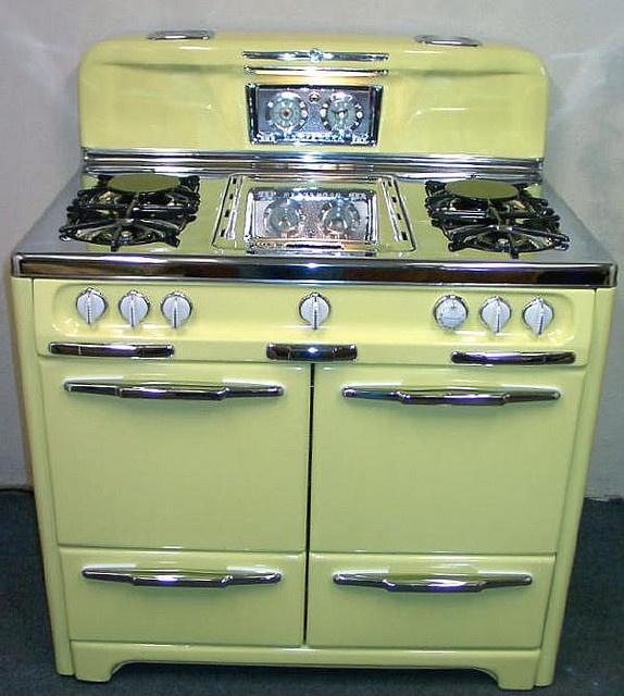 Yes Please. Wedgewood 1953 Oven