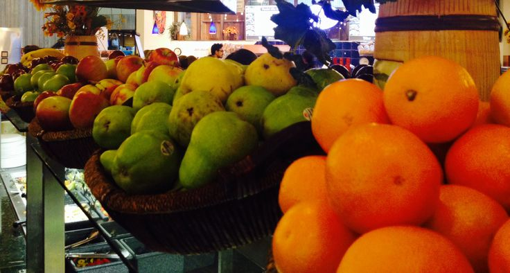 It's easy to get your 5 servings of fruits and veggies at UofG