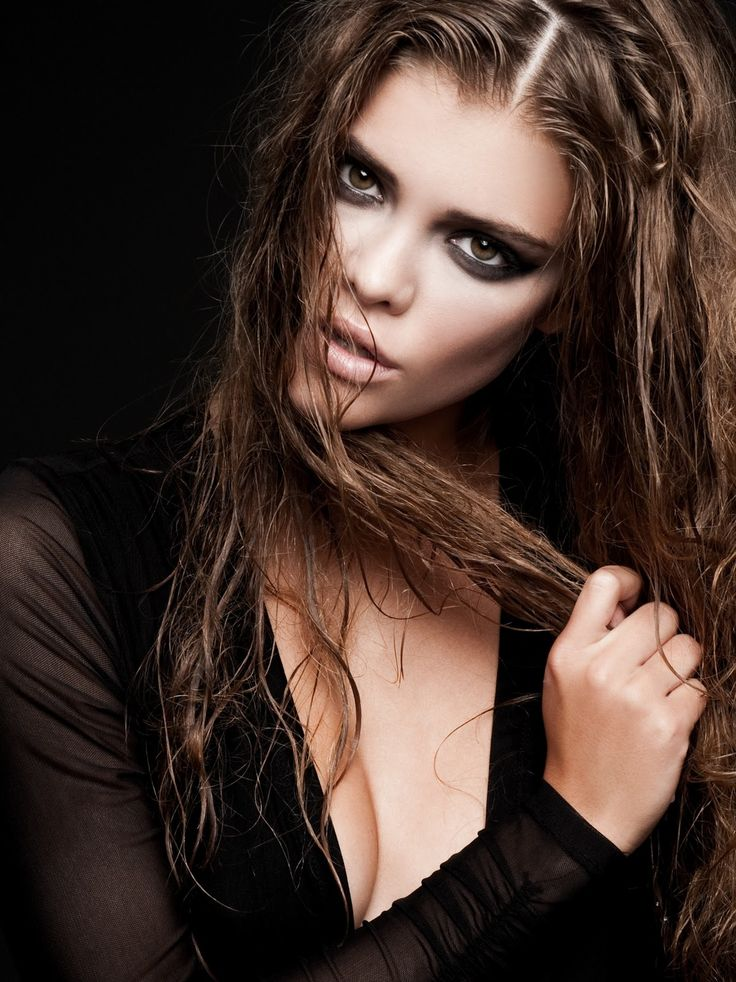 Nina Agdal (2010)