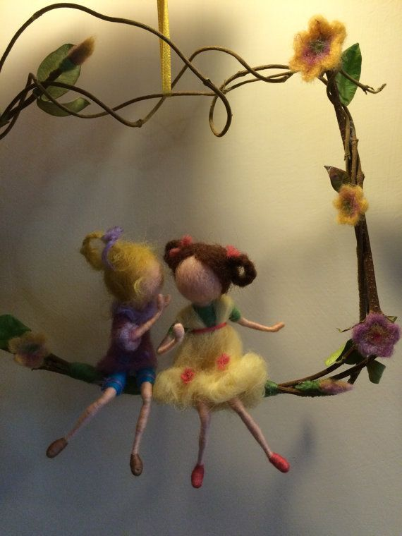Needle felted Waldorf inspired doll miniature Gossip por DreamsLab3