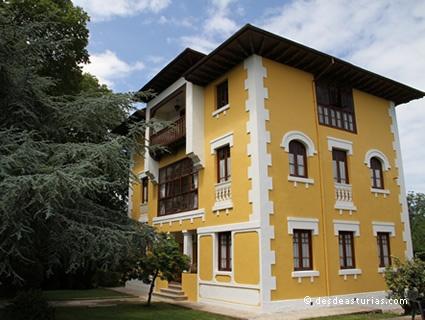 Hotel La Torre Puertas de Vidiago,  LLanes | Asturias |Spain [Más info] http://www.desdeasturias.com/latorre/