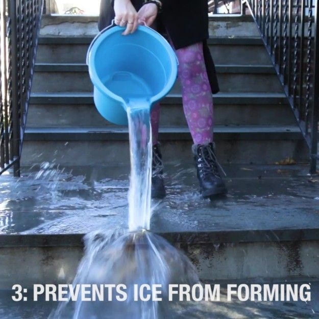 Prevent or de-ice your porch, sidewalk, or driveway. | 7 Genius Uses For Dish Soap That Will Make Your Life So Much Easier