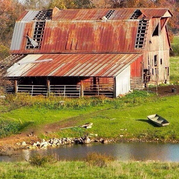 Old barn ..rh